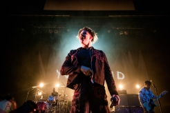 TORONTO, ON - OCTOBER 06: Yungblud performs at Danforth Music Hall in Toronto on October 06, 2019. (Photo: Joanna Glezakos/Aesthetic Magazine)