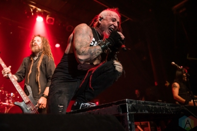 TORONTO, ON - NOVEMBER 19: Hellyeah performs at Phoenix Concert Theatre in Toronto on November 19, 2019. (Photo: Tyler Roberts/Aesthetic Magazine)