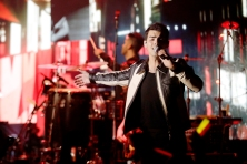 LOS ANGELES, CALIFORNIA - JANUARY 25: Joe Jonas performs at the Hollywood Palladium In Los Angeles on January 25, 2020. (Photo: Koury Angelo/Getty)