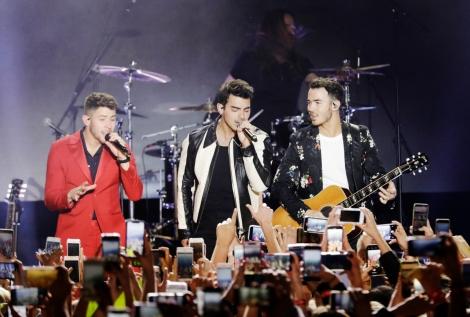 Photos: The Jonas Brothers @ HollywoodPalladium