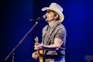 NOBLESVILLE, Ind. - Jul. 31: Brad Paisley performs at the Ruoff Music Center in Noblesville, Ind. on July 31, 2021. (Photo: Jessica Branstetter/Aesthetic Magazine)
