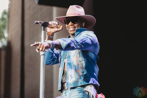NOBLESVILLE, Ind. - Jul. 31: Jimmie Allen performs at the Ruoff Music Center in Noblesville, Ind. on July 31, 2021. (Photo: Jessica Branstetter/Aesthetic Magazine)