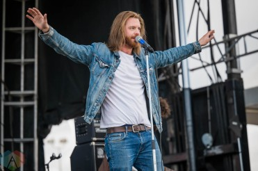 EDMONTON, AB – Aug. 20: Sparrow Blue performs at the Racetrack Infield in Edmonton, AB. on August 20, 2021. (Photo: Tyler Roberts/Aesthetic Magazine)