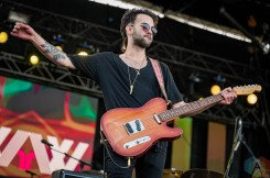 EDMONTON, AB – Aug. 29: Whale And The Wolf performs at the Racetrack Infield in Edmonton, Alberta. on August 29, 2021. (Photo: Tyler Roberts/Aesthetic Magazine)