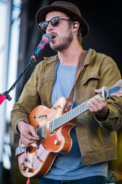 EDMONTON, AB – Sept. 5: Current Swell performs at the Racetrack Infield in Edmonton, Alberta. on September 5 2021. (Photo: Tyler Roberts/Aesthetic Magazine)