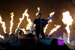 LOS ANGELES, CA - Sept. 03: Fall Out Boy performs at Dodger Stadium in Los Angeles, California on September 03, 2021. (Photo: Zoe Sher/Aesthetic Magazine)
