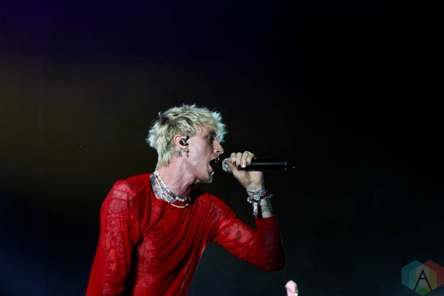 CHICAGO, IL - SEPT 19 - Machine Gun Kelly performs at Riot Fest in Chicago, Illinois on September 19, 2021. (Photo: Curtis Sindrey/Aesthetic Magazine)