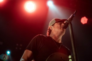 SAN FRANCISCO, CA - SEPT 30: Angels & Airwaves perform at the Warfield in San Francisco, Califronia on September 30, 2021. (Photo: Kris Fuentes Cortes/Aesthetic Magazine)